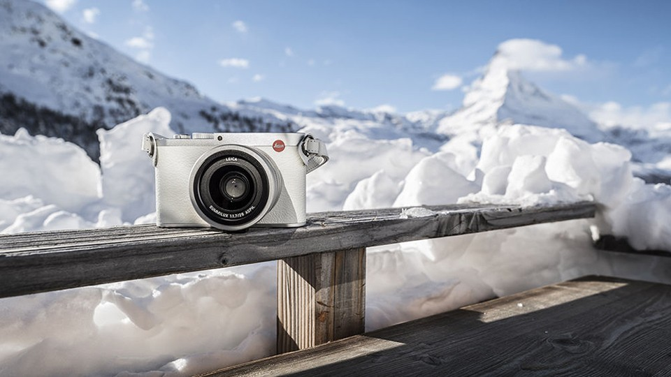 "Leica Reveals Q ""Snow"" Digital Camera, Styled in White and Silver"